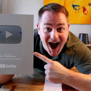 My YouTube SILVER PLAY BUTTON AWARD !!!  (NEW 2018 VERSION!)